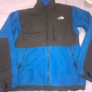 The north face men's fleece sweater size small
